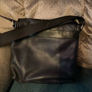 Authentic Coach Messenger bag,